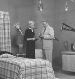 tv-1950s-gimbels-shoppers-show-bob-heiss