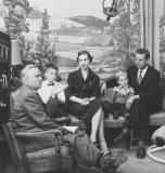 man-next-door-dec-8-1954-robert-fuchs-family-winners-of-las-vegas-trip-bob-heiss